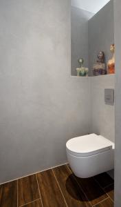 Toilet Hatria